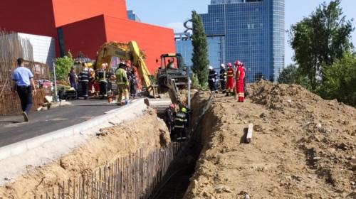 Mal de pământ căzut peste muncitori la Biblioteca Națională