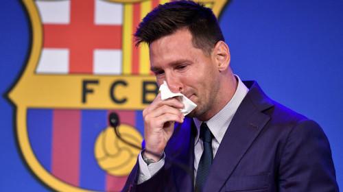 Lionel Messi, în lacrimi, plânge la FC Barcelona