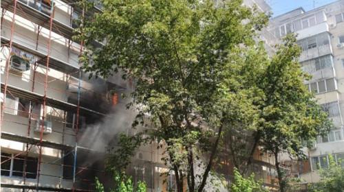 Incendiu la bloc din Calea Rahovei