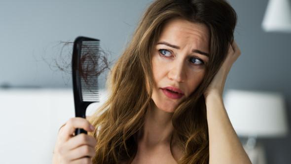Principalele cauze ale căderii părului și cum poți opri asta