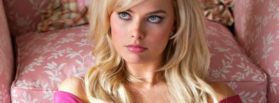margot robbie wolf of wall street scena