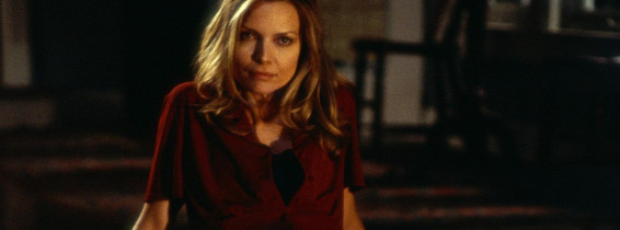 Claire Spencer Played By Michelle Pfeiffer Greets Her Husband In An Unusually Seductive