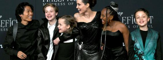 Angelina Jolie copii