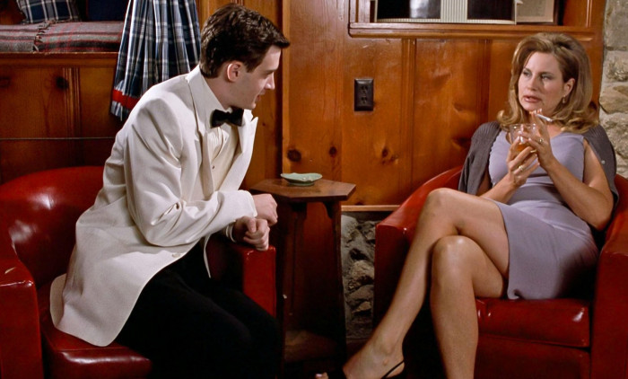 USA. Eddie Kaye Thomas and Jennifer Coolidge  in a scene from the ©Universal Pictures movie: American Pie (1999).Plot: Four teenage boys enter a pact to lose their virginity by prom night. Ref: LMK110-J6631-020720Supplied by LMKMEDIA. Editorial Only.L