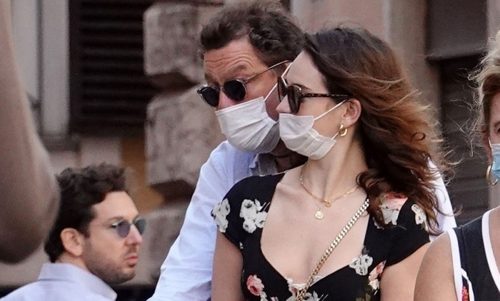 *PREMIUM-EXCLUSIVE* Ciao Bella!! Lily James and Dominic West together in Rome! *DO NOT USE UNLESS FEE AGREED* *SPECIAL RATES APPLY - PLEASE CONTACT US TO DISCUSS*
