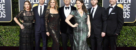 Samantha Bryant, Colin Hanks, Rita Wilson, Tom Hanks, Elizabeth Ann Hanks, Chet Hanks și Truman Theodore Hanks, în 2020