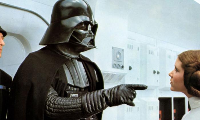 Darth Vader a murit