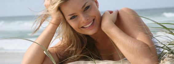 Exclusive - Margot Robbie 2008 Photoshoot