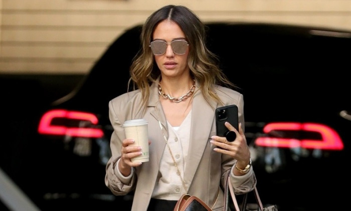 Actress turned businesswoman Jessica Alba arriving at her office in L.A.