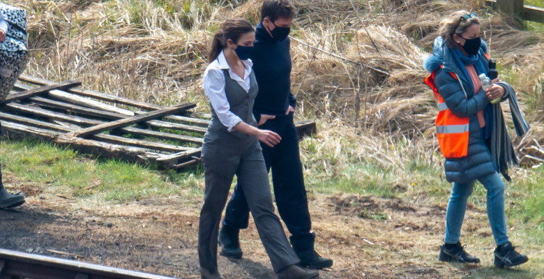 EXCLUSIVE: NO WEB UNTIL WEDNESDAY, APRIL 21ST 10AM EST- Tom Cruise And Hayley Atwell Are Seen On Set Of Mission Impossible 7