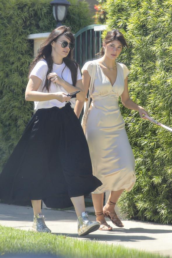 Camila Morrone și Lucia Sole