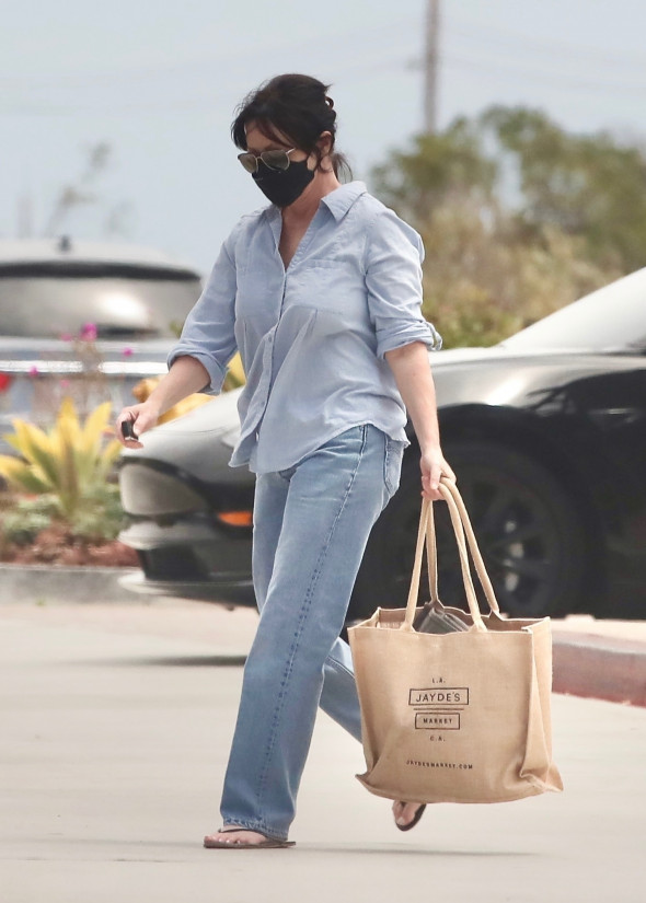 *EXCLUSIVE* Shannen Doherty doubles the denim in Malibu