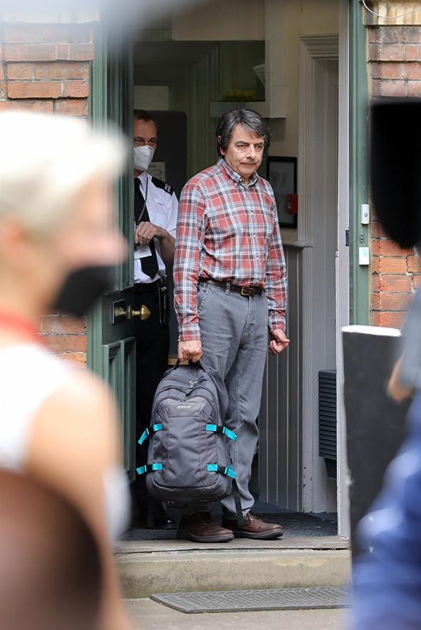 Bean Banged Up !  Rowan Atkinson Pictured Filming Man Vs Bee