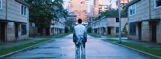"USA. Yahya Abdul-Mateen II in the  (C)Metro-Goldwyn-Mayer  new movie: Candyman (2021). Plot: A ""spiritual sequel"" to the 1992 horror film 'Candyman' that returns to the now-gentrified Chicago neighborhood where the legend began. Ref: LMK110-J7211-160721"