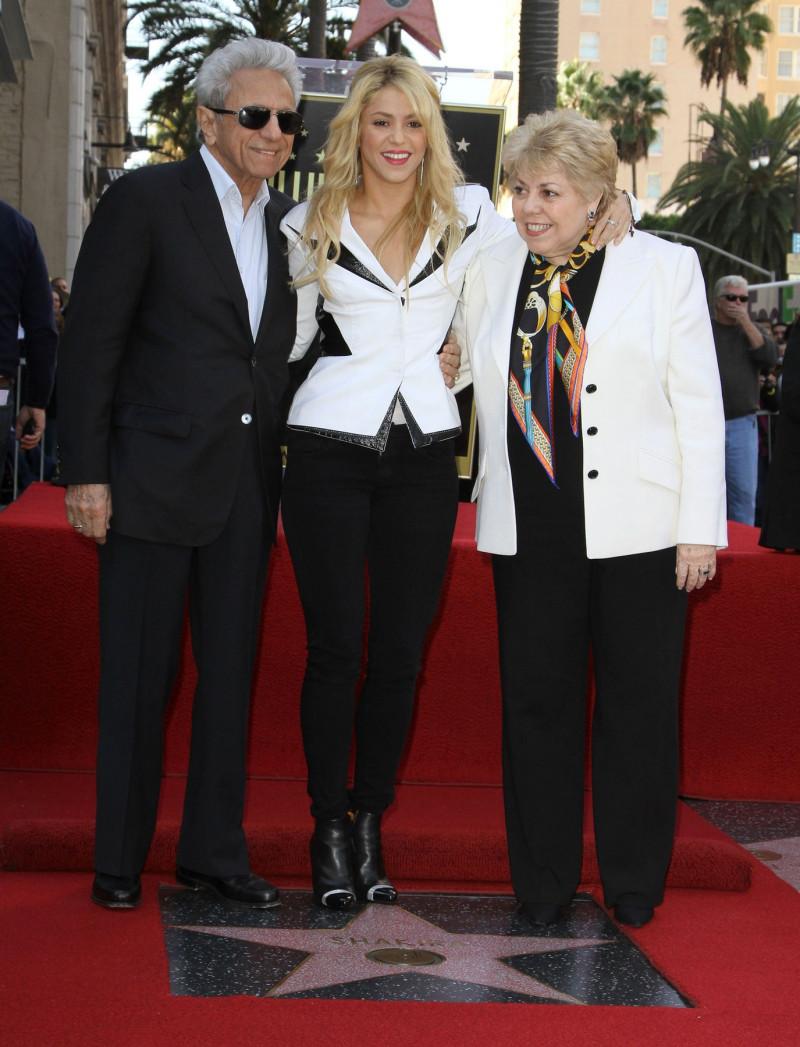 Shakira cu Nidia del Carmen Ripoll Torrado