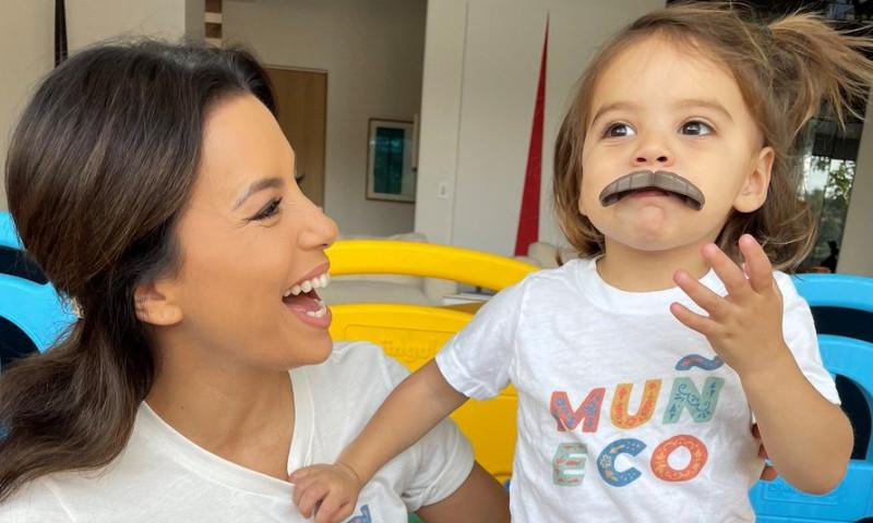 Eva Longoria și fiul ei, Santiago