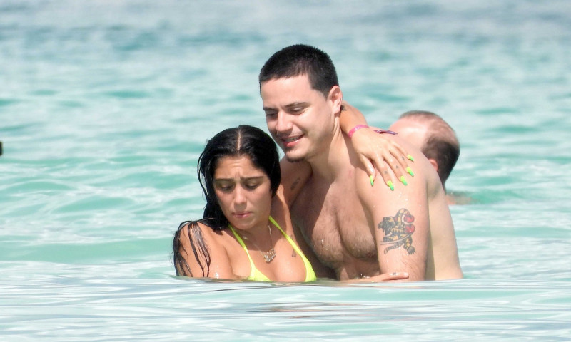 *PREMIUM EXCLUSIVE NO WEB UNTIL 2PM EST 9TH DEC* Madonnas daughter Lourdes Leon and her boyfriend look the picture of happiness as they relax on a paradise vacation together