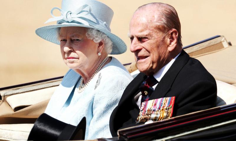 Regina Elisabeta a II-a si printul Philip