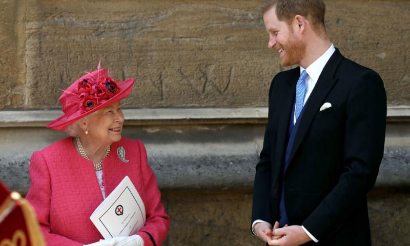 Prințul Harry și bunica sa, regina Elisabeta a II-a