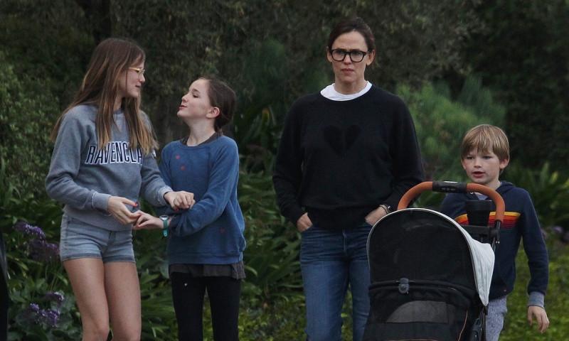 Jennifer Garner si copiii