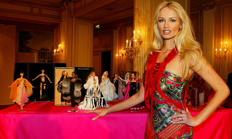 Jewellers Dress Barbie Dolls For Charity Auction