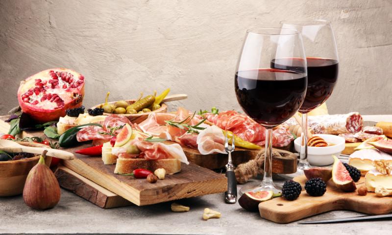 Italian,Antipasti,Wine,Snacks,Set.,Cheese,Variety,,Mediterranean,Olives,,Pickles,