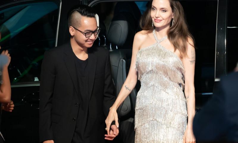 Angelina Jolie si Maddox