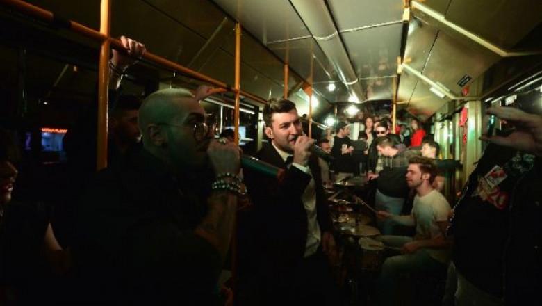 cel-mai-nebun-concert-profm-intr-un-tramvai-in-miscare-vezi-cum-a-fost-la-alai-la-tramvai 19