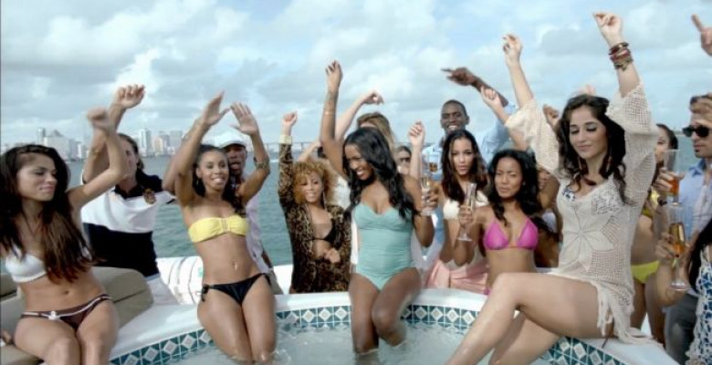 100-de-vara-fete-yahturi-si-decapotabile-vezi-noul-clip-jay-sean-si-pitbull-i-rsquo-m-all-yours-video
