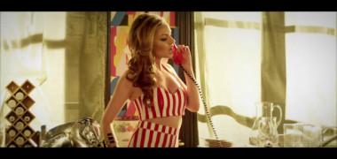 alexandra-stan-ne-face-pofta-de-limonada-vezi-noul-ei-clip-de-vara-limonade-video 3