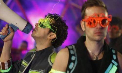 video-trupa-morandi-a-lansat-noul-single-rock-the-world