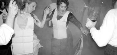 adele-petrecere-titanic-header
