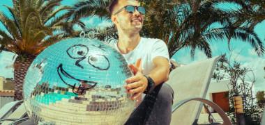 Muzica nouă | Paul Damixie feat. L.A. James - Rum & Coke (Official video)
