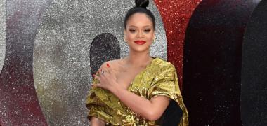 Rihanna a relansat un trend al anilor '90. Şi în România a prins...