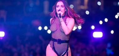 Anitta s-a făcut de râs din cauza lui Maluma! Artista a scăpat o înjurătură fără să știe semnificația ei