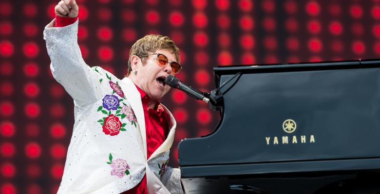 5. Elton John - Câștiguri totale: 84 milioane dolari