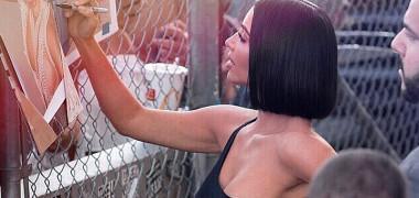 kim-kardashian-autografe-instagram