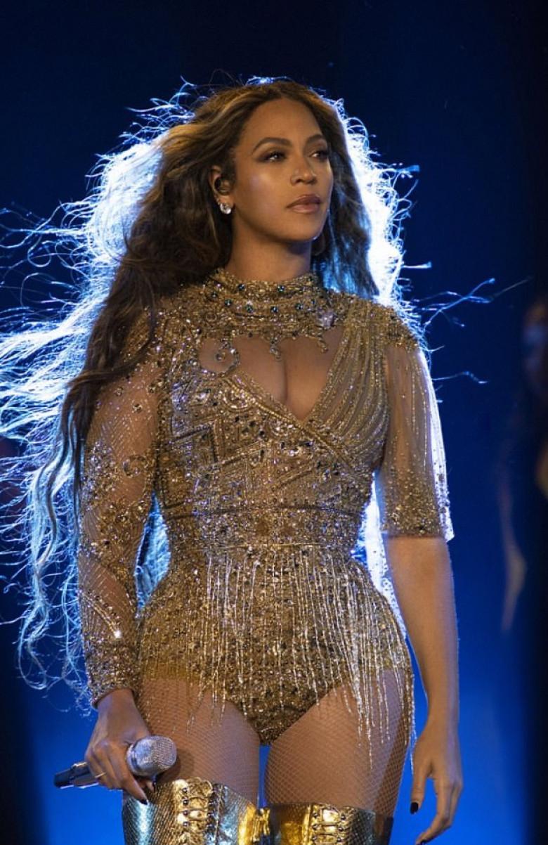 Beyonce rochie recital nunta India