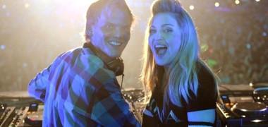 Avicii alături de Madonna în timpul unui concert