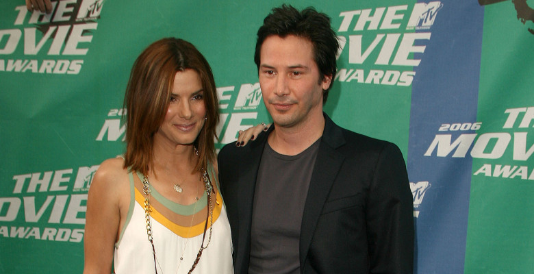 Keanu Reeves și Sandra Bullock în 2006 la MTV Movie Awards