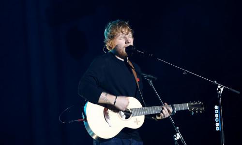 Ed Sheeran în timpul unui concert din Auckland