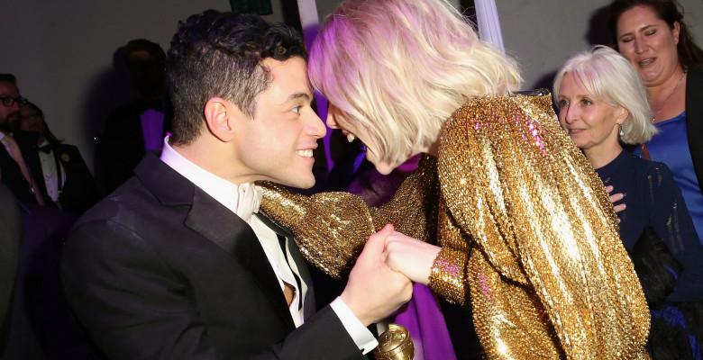 Rami Malek și Lucy Boynton la Globurile de Aur