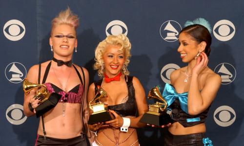 Pink alături de Christina Aguilera și Mya la premiile Grammy