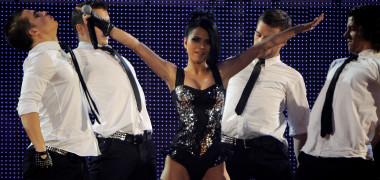 INNA într-un boxy sexy la '40 Principales Awards