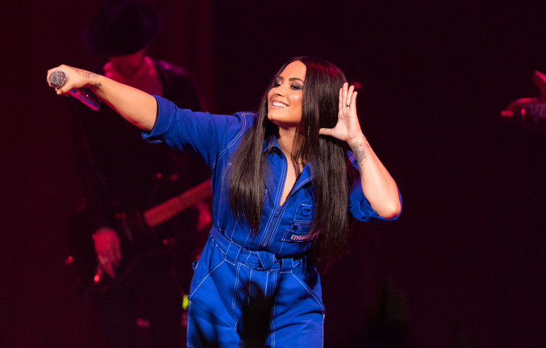 American Airlines and Mastercard Present Demi Lovato at House of Blues Dallas