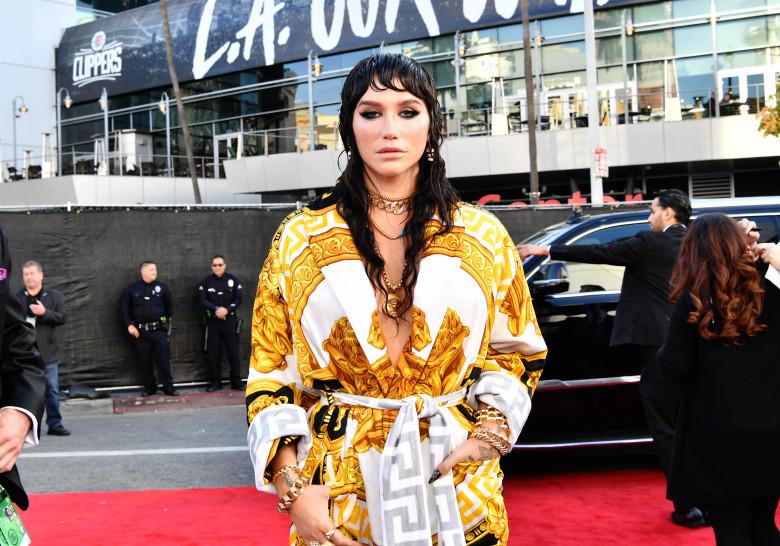 Kesha2019 - American Music Awards