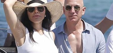Jeff Bezos a cumpărat cea mai scumpă casă vândută vreodată în Los...