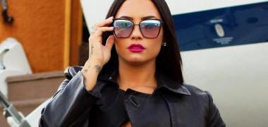 Demi Lovato, într-un selfie fără filtre sau editări: Așa arăt în 90%...