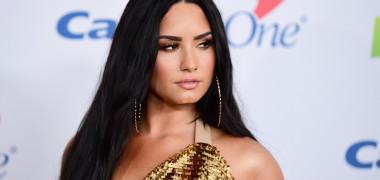 """Demi Lovato se iubește cu un actor din """"Tânăr și Neliniștit"""". Cum s-a..."""