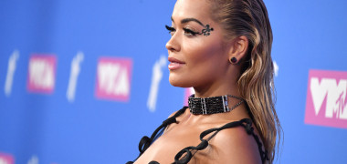 Rita Ora a exagerat cu Photoshopul. Gafa pe care fanii au remarcat-o...
